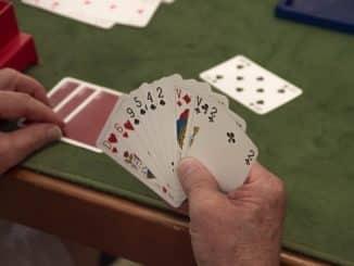 un joueur de cartes