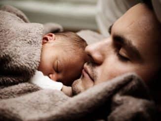 pere avec son enfant